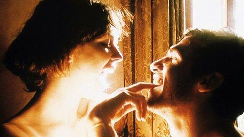"""Марго Стайли и Киърън О Брайън в кадър от """"9 Songs"""""""